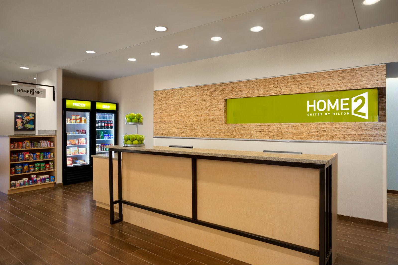 Home2-Market-937488157